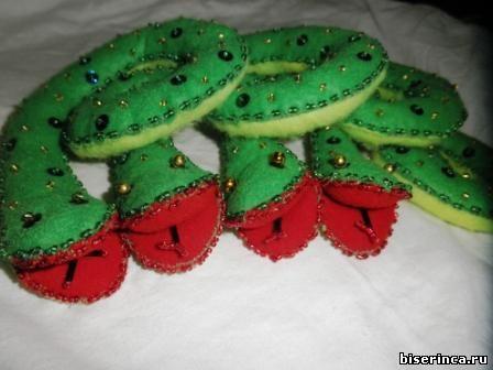 змея, украшенная бисером