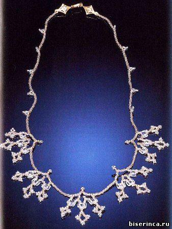 Ожерелье из бисера с топазами